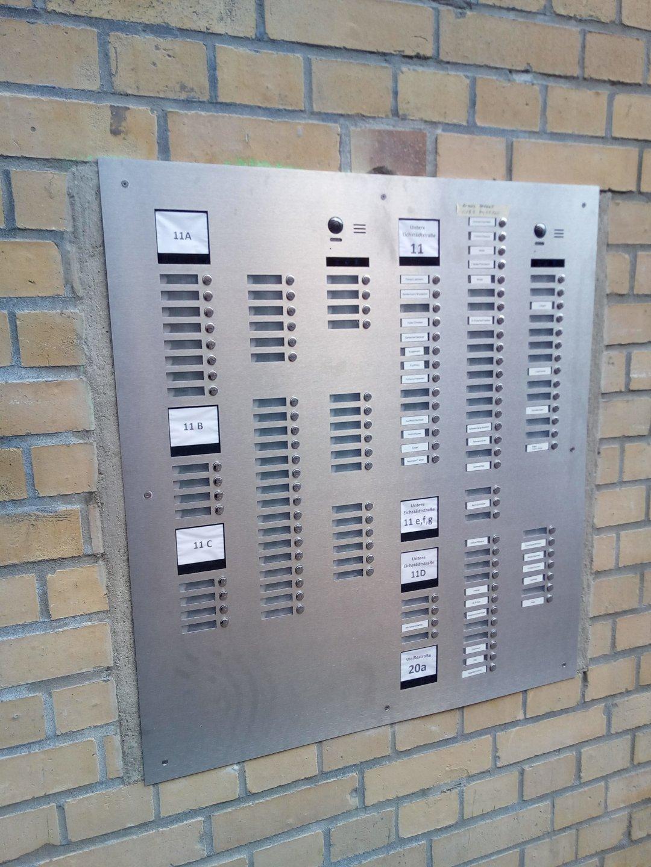 Sprechanlage-Video-Mehfamilienhaus-128-Wohnungen -Sonderanfertigung